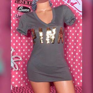 VS Pink Bling V-neck T-shirt